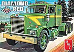 Diamond Reo Tractor -- Plastic Model Truck Kit -- 1/25 Scale -- #719