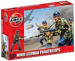 WWII German Paratroops -- Plastic Model Military Figure Set -- 1/32 Scale -- #02712