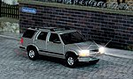Chevrolet Blazer SUV w/Working Headlights & Taillights -- HO Scale Model Railroad Vehicle -- #5658