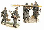 Panzerschreck Teams Figure Set 1944-1945 -- Plastic Model Military Figure -- 1/35 Scale -- #6374