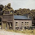 Schultz's Garage Kit -- HO Scale Model Railroad Building -- #woo20100
