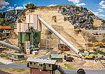 Large Rock Crusher Kit -- HO Scale Model Accessory -- #130170