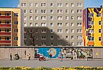 Berlin Wall with East Side Gallery Graphics -- N Scale Model Railroad Building -- #272424