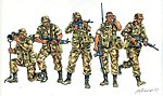 Modern US Soliders -- Plastic Model Military Figure Kit -- 1/72 Scale -- #556168