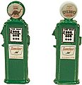 Deluxe Custom Gas Pumps Sinclair -- Model Railroad Building Accessory -- HO Scale -- #516