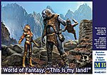 1/24 World of Fantasy- Female Warrior & Giant Holding Gnome (3)