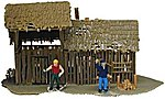 Old Storage Shed Built-Up with 2 Figures -- HO Scale Model Railroad Building -- #641