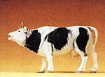 Cow Mooing with Mouth Open -- Model Railroad Figure -- 1/25 Scale -- #47002
