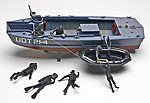 UDT Boat with Frogmen -- Plastic Model Military Ship Kit -- 1/35 Scale -- #850313