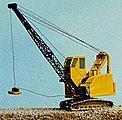 MOW Vehicles American High Cab Dragline Crane -- Model Railroad Vehicle -- N Scale -- #2071