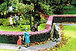 Ornamental Hedges & Shrubbery - Flowering Hedges -- Model Railroad Scenery Supplies -- #512