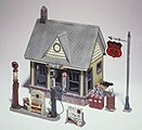 Scenic Detail -- Gas Station Kit -- HO Scale Model Railroad Building -- #d223