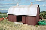 Meadowhead Barn - Kit 7 x 4-1/2 x 4-5/16'' -- HO Scale Model Railroad Building -- #3330