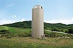 Concrete-Style Silo - Kit - 1-5/8'' x 5-1/2'' -- HO Scale Model Railroad Building -- #3332