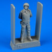 Aerobonus Soviet Air Force Fighter Pilot Plastic Model Aircraft Accessory 1/48 Scale #480066