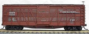 Accurail 40 Wood Stock Car - Kit (Plastic) - Milwaukee Road HO Scale Model Train Freight Car #4704