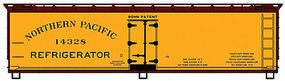 Accurail 40 Wood Reefer Northern Pacific HO Scale Model Train Freight Car #4904