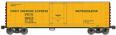 Accurail 40' Steel Reefer Fruit Growers Express -- HO Scale Model Train Freight Car -- #85061