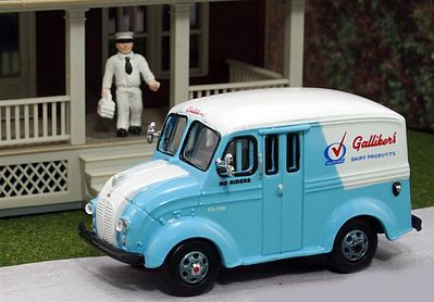 American Heritage Car Co. 1950 Delivery Truck Galliker's Dairy Products w/Milkman -- HO Scale Model Railroad Vehicle -- #87001