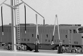 American-Limited Snyder Fuel Crane Kit Includes 2 Fueling Rigs N Scale Model Railroad Trackside Structure #5150