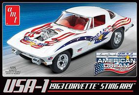 AMT 1963 USA-1 Chevy Corvette Car Plastic Model Car Kit 1/25 Scale #909