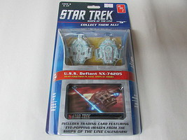 AMT USS Defiant NX-74205 Ship #4 Science Fiction Plastic Model #914-4
