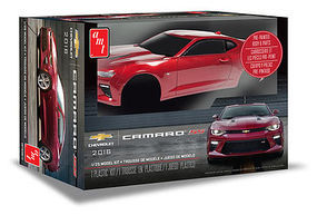 AMT 2016 Chevy Camaro SS (Pre-Painted) Plastic Model Car Kit 1/25 Scale #1020-12