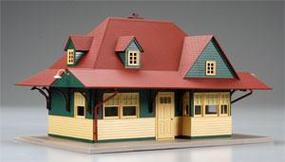 Atlas-O Pass Station Built-Up Red/Green/Tan O Scale Model Railroad Building #66901