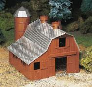 Bachmann Dairy Barn Kit -- O Scale Model Railroad Building -- #45602