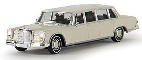 Berkina Mercedes Benz 600 Limousine Assembled White Model Railroad Vehicle HO Scale #13002