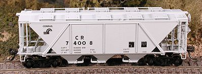 Bowser Manufacturing Co. H30 Covered Hopper Conrail -- HO Scale Model Train Freight Car -- #40996