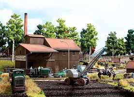 Busch Peat Works Building w/Ramp - Kit HO Scale Model Railroad Building Accessory #1541