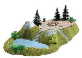 Busch Lake w/Rest Stop - 30.0 x 18.0cm Model Railroad Miscellaneous Scenery #3109