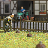 Busch Three Peeping Moles HO Scale Model Railroad Grass Earth #5483