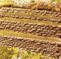 Chooch Cut Stone Row Wall Medium for HO and O Scales Model Railroad Scenery Structure #8313