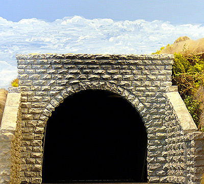 Chooch Enterprises Double-Track Cut Stone Tunnel Portal -- HO Scale Model Railroad Scenery -- #8350