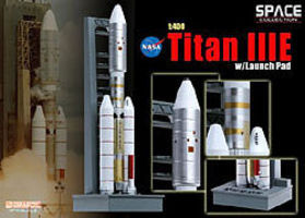 DGW Titan IIIE with Launch Pad Diecast Model Spacecraft 1/400 scale #56343