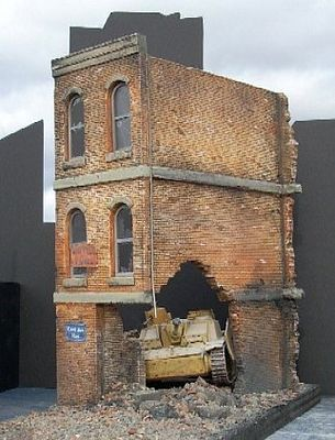 Dioramas Plus Ruined Small 3-Story Brick Apartment Building -- Plaster Model Building Kit -- 1/35 Scale -- #1