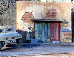 DioramasPlus Afghan Street Scene Building Fronts with Base Plaster Model Building Kit 1/35 #20