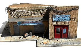 DioramasPlus 1/35 Shorted Out in Iraq Ruined Building w/Sidewalks & Rubble (8x10)
