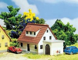 Faller Developement House w/Attached Garage Kit Z Scale Model Railroad Building #282762