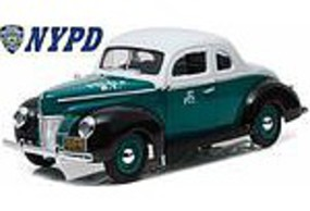 Green-Light 40 FORD COUPE NYPD 1-18