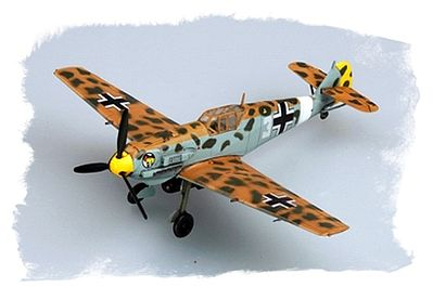Hobby Boss BF109E/4 Trop -- Plastic Model Airplane Kit -- 1/72 Scale -- #80261