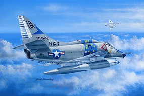 HobbyBoss A-4E Skyhawk Plastic Model Airplane Kit 1/48 Scale #81764