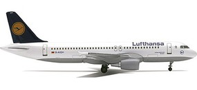 Herpa Airbus 320-200 Lufthansa - 1/500 Scale