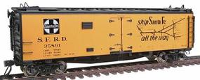 Intermountain Santa Fe Refrigerator Cars - Assembled (ATSF Yellow, black roof, ends)_ Super Chief - HO-Scale