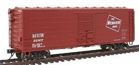 Intermountain Milwaukee Road Rib-Side 40 Boxcar No Roofwalk - Ready to Run Milwaukee Road (Modern Scheme, Boxcar Red, Large Logo Only) - HO-Scale