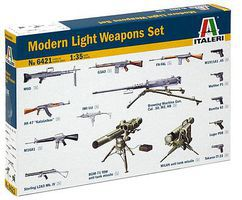 Italeri Modern Light Weapon Set Plastic Model Military Diorama Kit 1/35 Scale #6421s