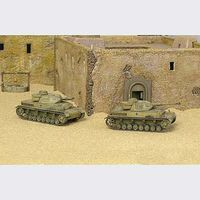 Italeri Sd.Kfz 161PZ KPFW IV F1 Tank Plastic Model Military Vehicle Kit 1/72 Scale #7514s