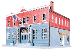 Life-Like Woodlawn Police Station Kit -- Model Train Building -- HO Scale -- #1382